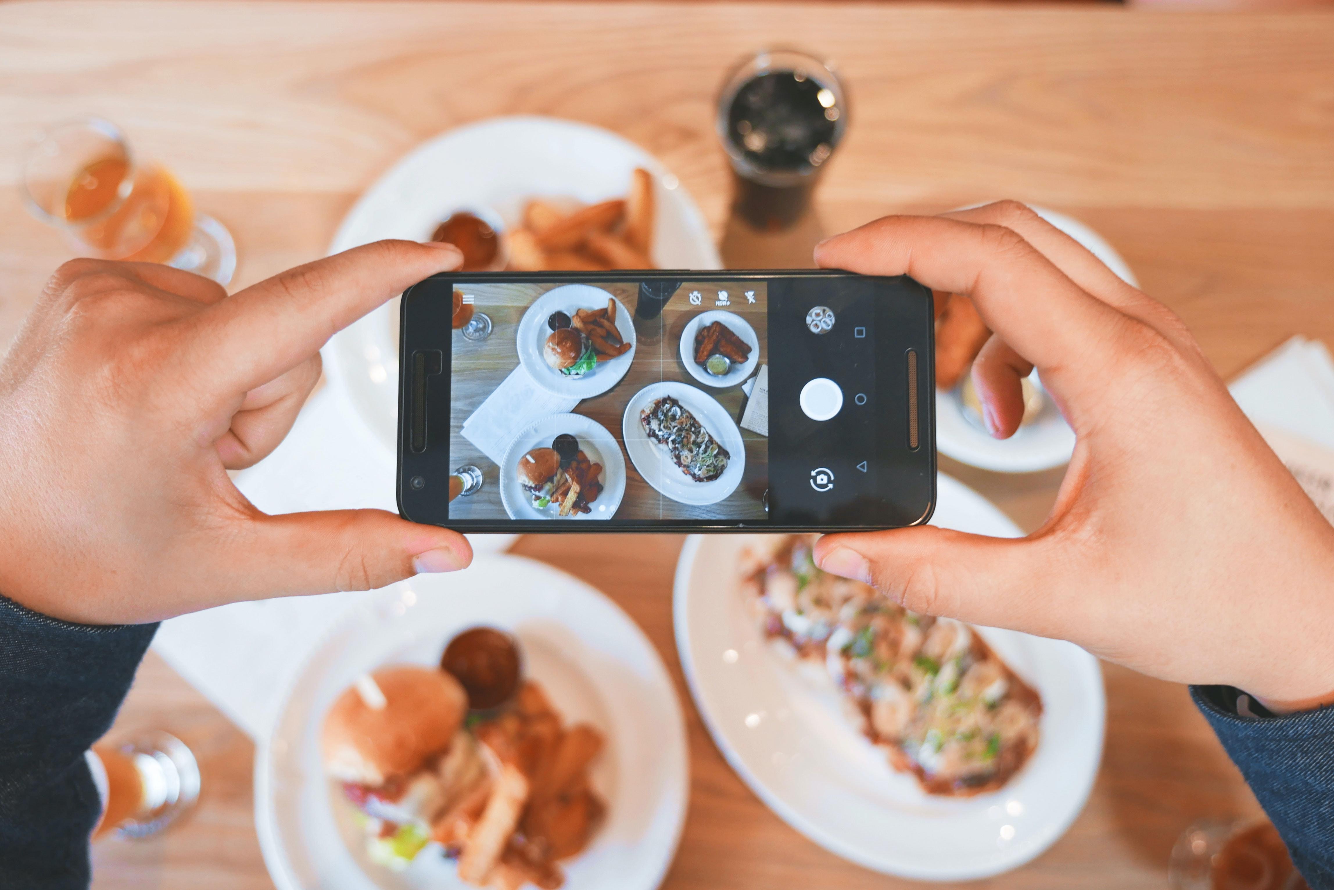 Social media fasts